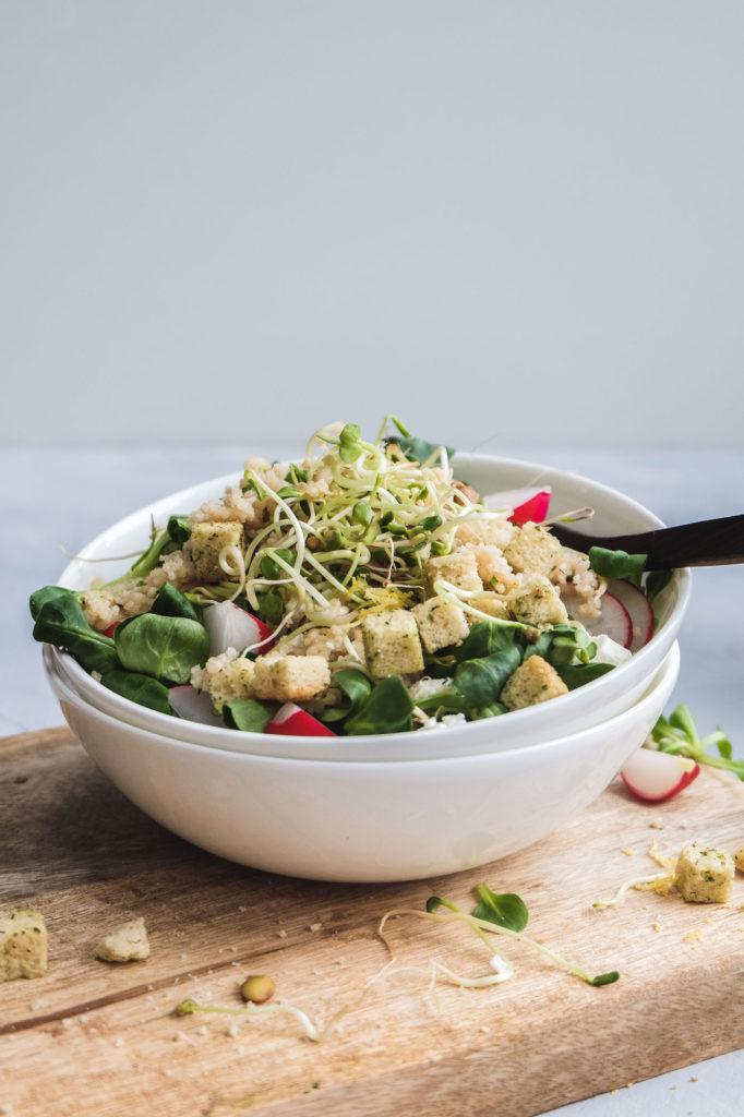 Salat mit Zitronencouscous und Croutons (10 von 14)