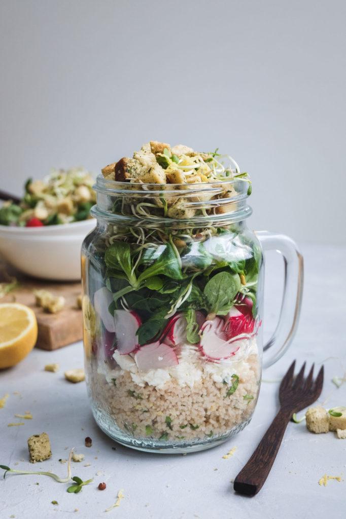 Salat mit Zitronencouscous und Croutons (5 von 14)