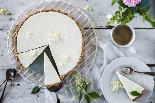 Joghurt-Holunder-Tarte