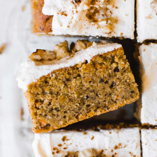 moist pumpkin cake with cinnamon frosting