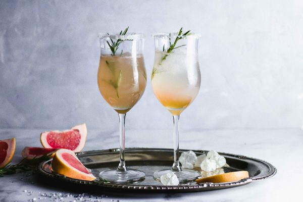 Grapefruit-Rosmarin-Cocktail