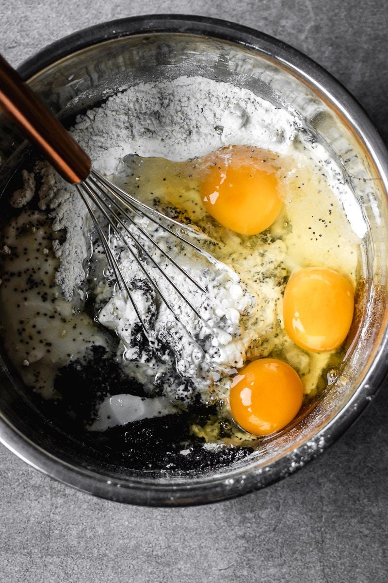 Mohn-sauerrahm-becherkuchen