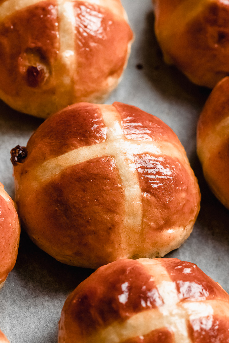 soft hot cross buns