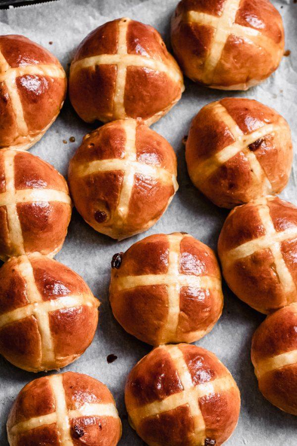 hot cross buns (englische osterbroetchen)