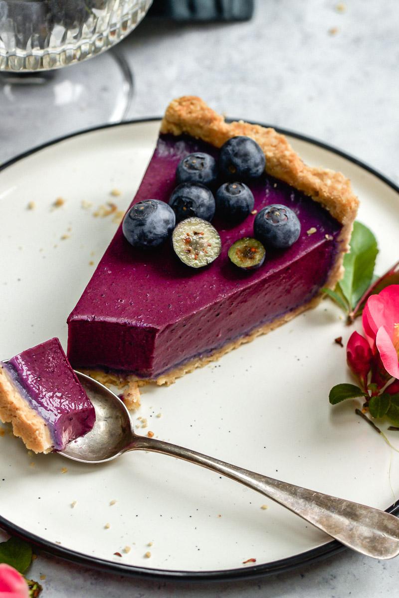 blueberry coconut tart